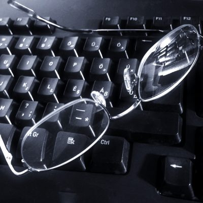 glasses-on-1236874